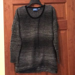Simply Vera Wang sweater